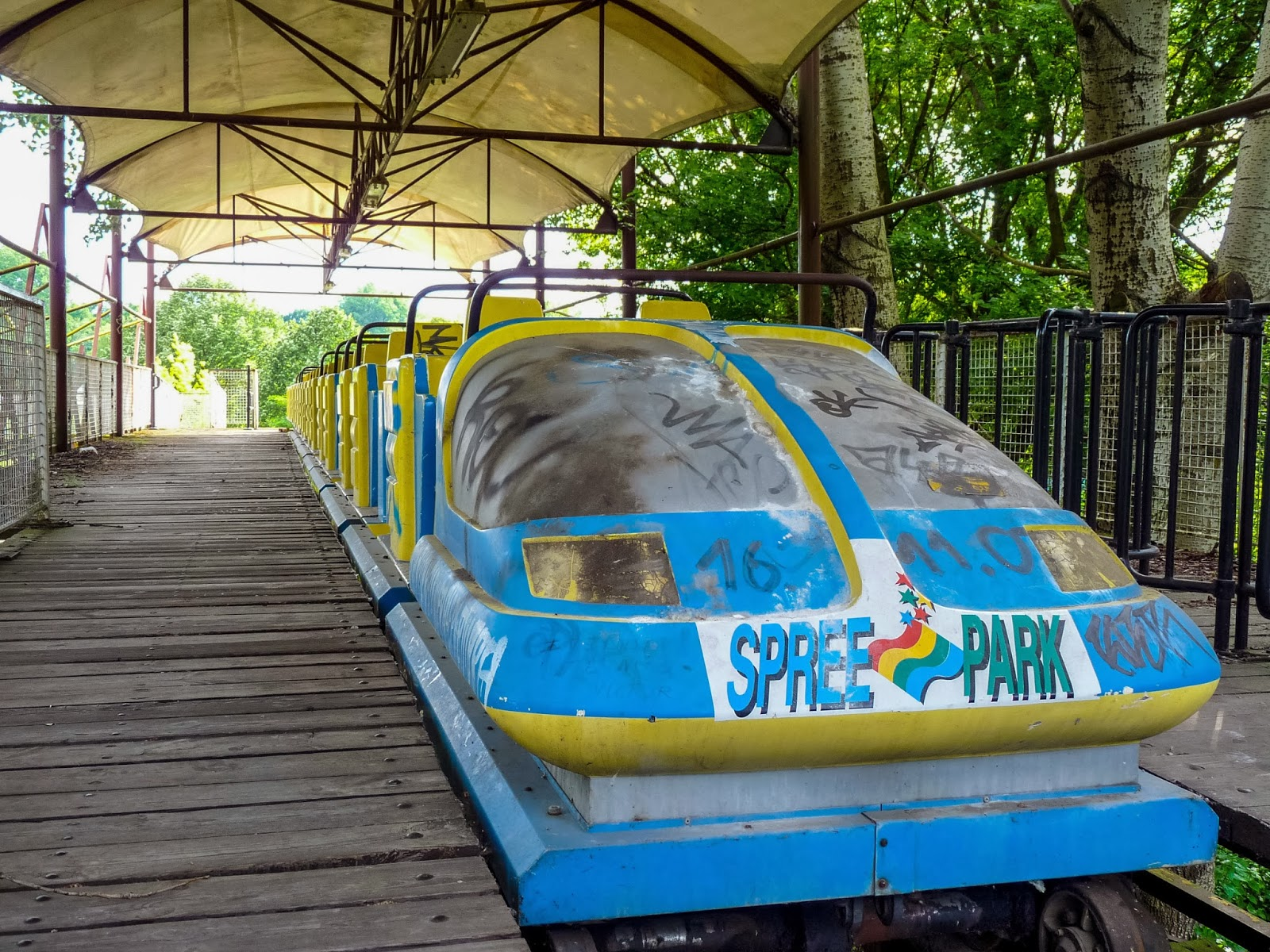 Spreepark_Abandoned_Amusement_Park_Berlin-1020070